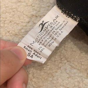 Motionwear Other - motionwear 3/4 sleeve leotard